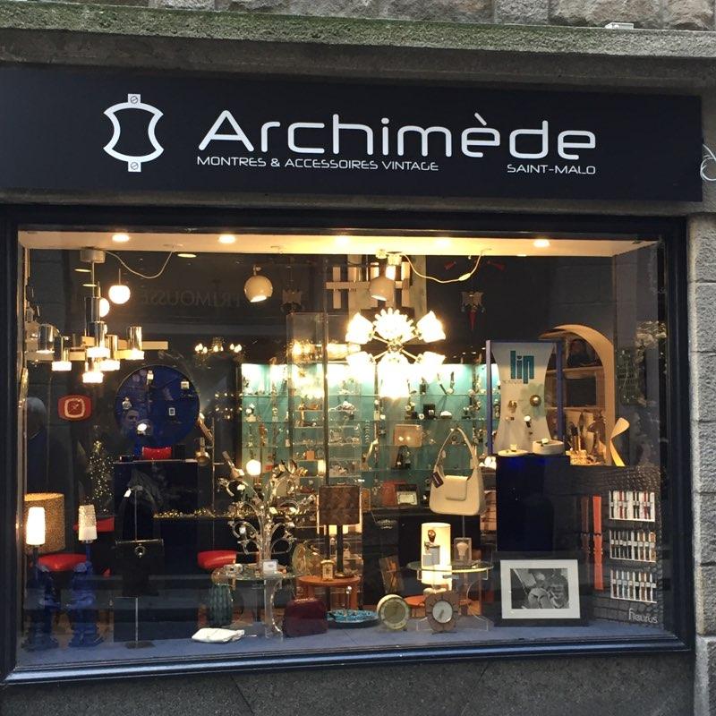 Devanture de la boutique vintage Archimède à Saint-Malo.